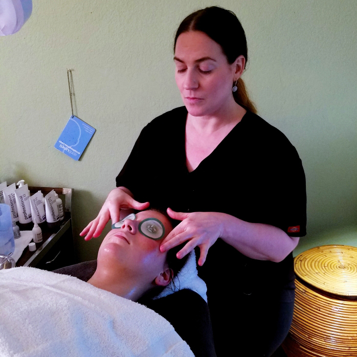 Ultra calming facial for sensitive skin